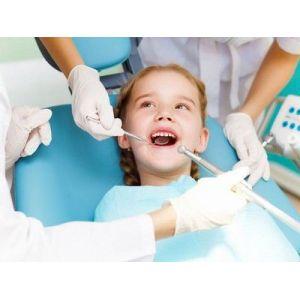 Фотополімерні реставрації зубів, естетична стоматологія